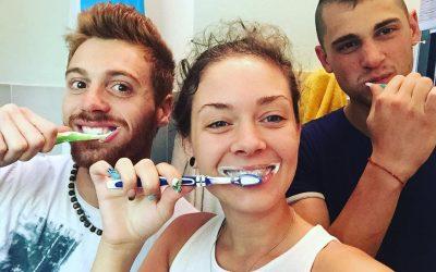 A cosa serve veramente spazzolare i denti